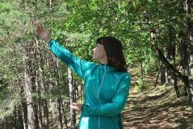 Quigong im Wald_Bianca Forstikklein